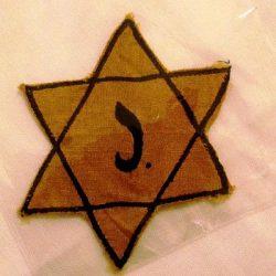 ציון יום השואה והגבורה בחינוך לגיל הרך: להתעמק, לחשוב ולעשות מעט ובשכל!