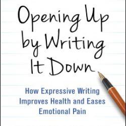 כתיבה נרטיבית חוזרת על אירועים טעונים רגשית ככלי להתמודד עם בעיות התנהגות