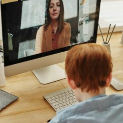ניהול גן / כיתה אונליין וכחלק ממפגשים פנים אל פנים-בצל משבר הקורונה