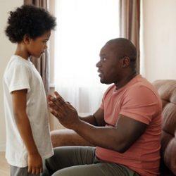 מה אומרים לילדים צעירים כשמישהו קרוב חלה בקורונה?
